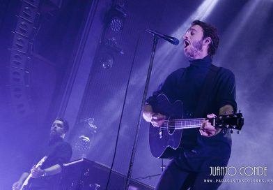 editors tom smith october drift pelicano coruña